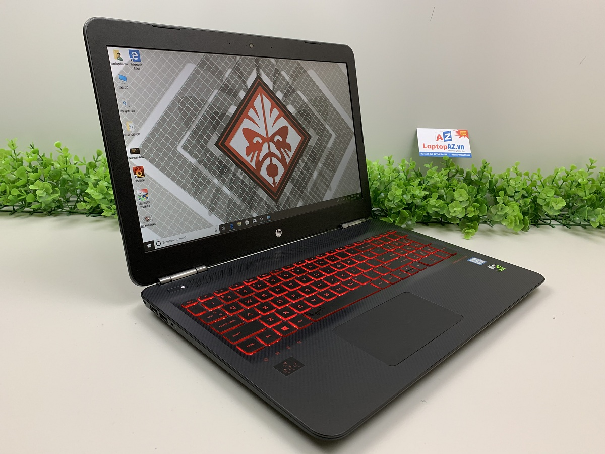 co-nen-mua-laptop-hp-omen-15