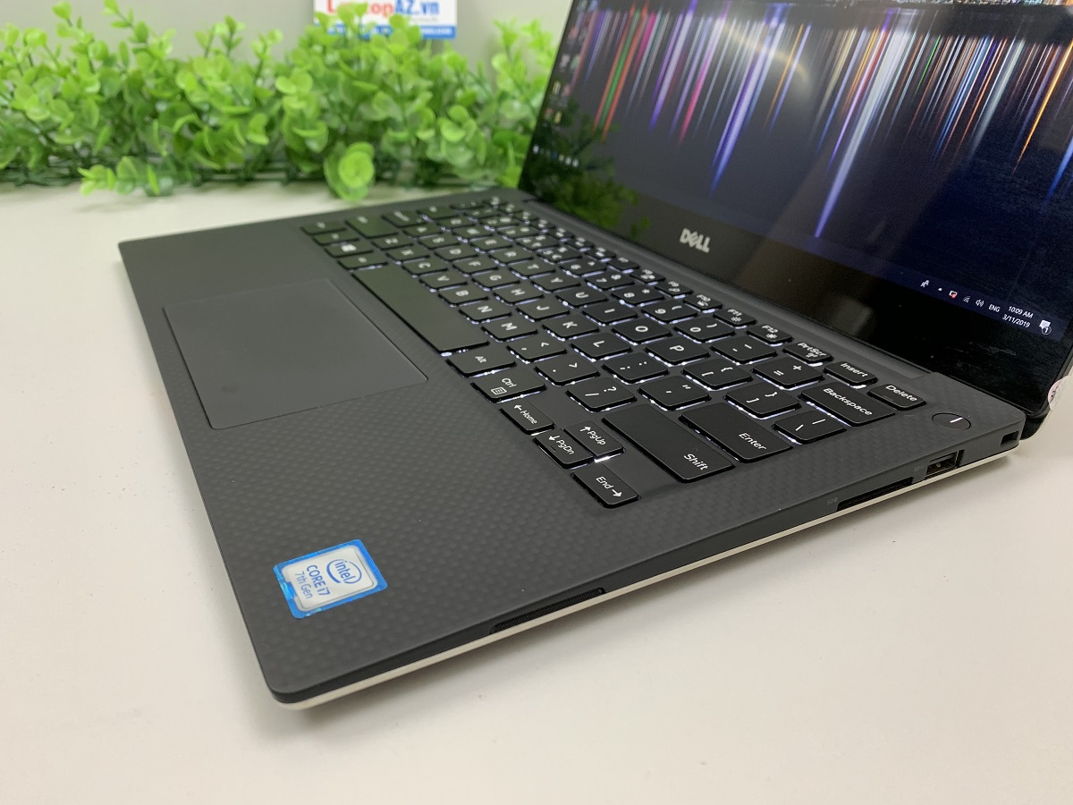 co-nen-mua-laptop-dell-xps-13-9360