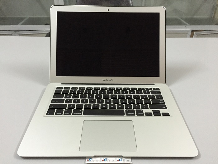 MacBook Air 13 inch MMGF2 ( Core i5-5250U, RAM 8GB, SSD 128GB, VGA Intel HD Graphics 6000, 13.3 inch)