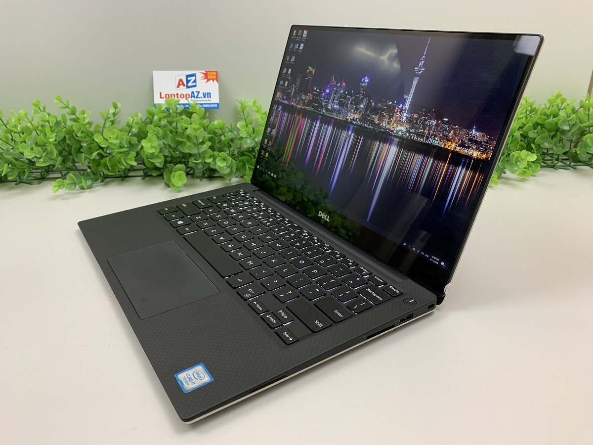 Laptop Dell XPS 13-9360 (Core i5-8250U, RAM 8GB, SSD 256GB, VGA Intel HD Grapics 620, 13.3 inch FHD IPS)