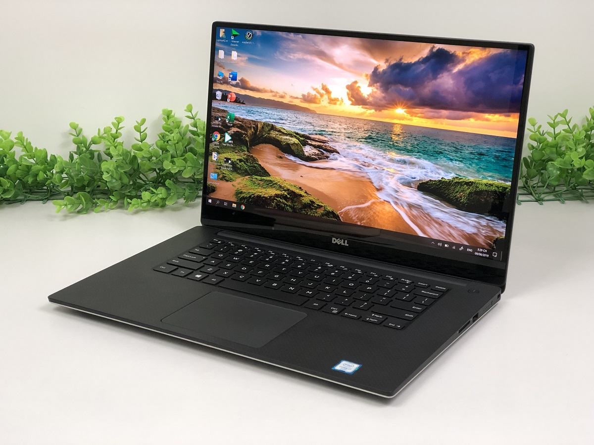 Laptop Dell Precision 5510 (Core i7-6820HQ, RAM 16GB, SSD 512GB, VGA NVIDIA Quadro M1000M, 15.6 inch 4K IPS)