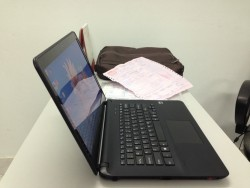 Sony SVF1421PGSB (Intel Pentum 2117U 1.8GHz, RAM 2GB, HDD 500GB, VGA Intel HD, 14.0inch Touch Screen, Windows 8 32 bit)
