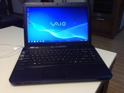 Sony Vaio VPC-EG28FG/B (Intel Core i5-2430M 2.4GHz, RAM 4GB, HDD 500GB, VGA NVIDIA GeForce 410M, 14inch, Windows 7 Home Premium 64 bit)